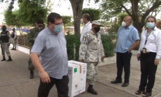 Recibe la UAS 30 mil 423 vacunas en sus ultracongeladores